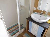 Willerby Peppy 2 excellent condition, on residential site (4)