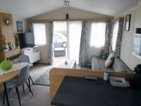 Willerby Peppy 2 excellent condition, on residential site (29)