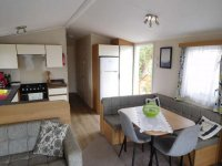 Willerby Peppy 2 excellent condition, on residential site (30)