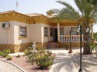 LL 469 Los pavos villa, Catral (1)