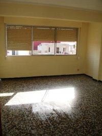 San Fernando apartment, Dolores (0)