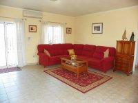 LL 402 Realengo villa (2)