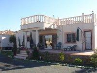 LL 402 Realengo villa (7)