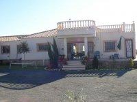 LL 402 Realengo villa (8)