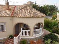 4 bedroom Detached villa with pool (3)