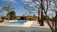 Detached Villa with pool REDUCED (8)