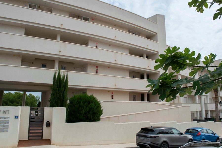 APARTMENT FOR RENT in VILLA COSTA