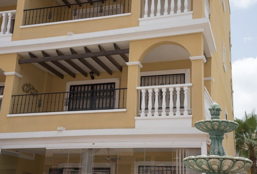 APARTMENT FOR RENT in LAS FILIPINAS