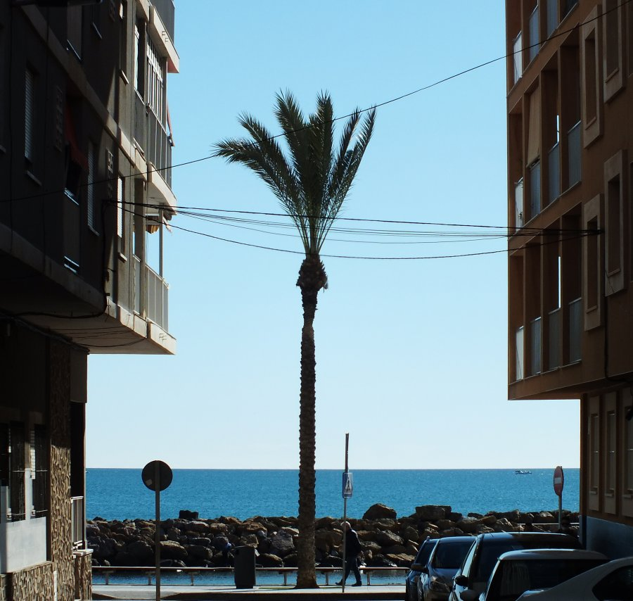 Luxury Apartments just a stones throw from the beach