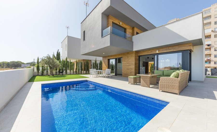 Detached Villas 500m from the Mar Menor Beach