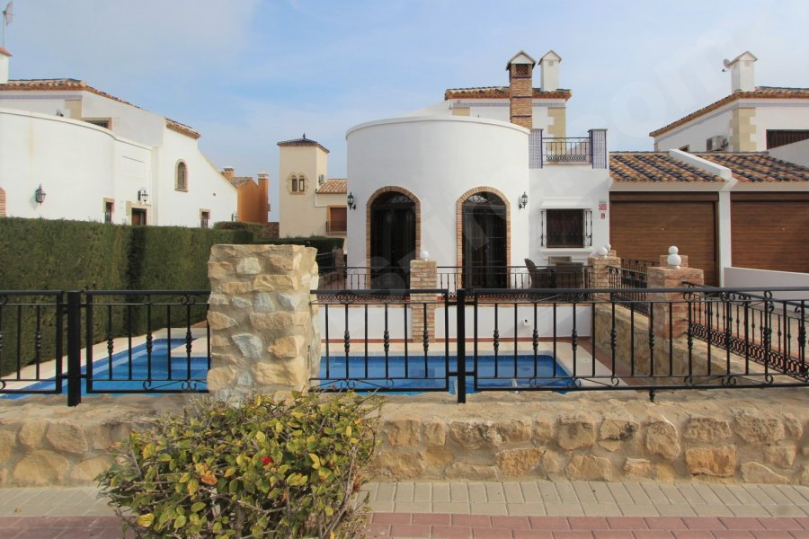 BEAUTIFUL DETACHED VILLA