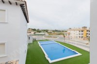 APARTMENTS WALKING DISTANCE TO THE BEACH