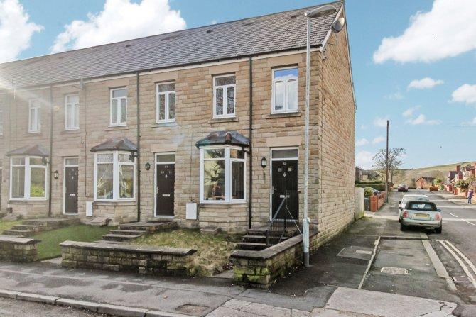 Detached in Littleborough for sale in Littleborough