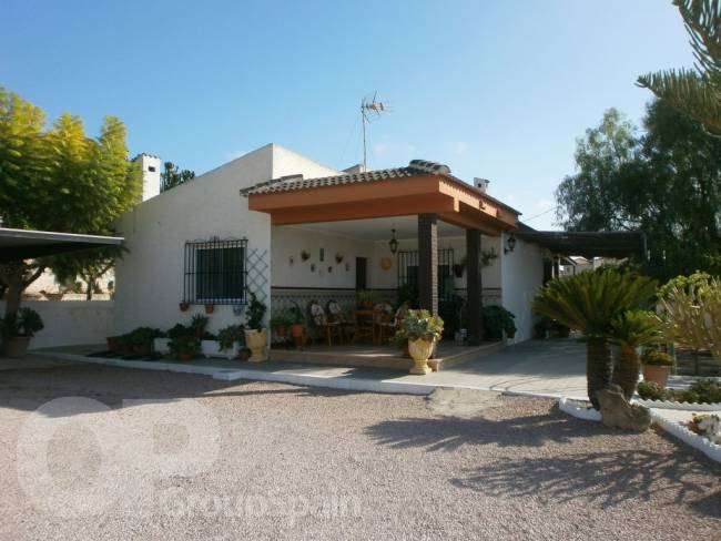 A lovely Spanish property in Oasis
