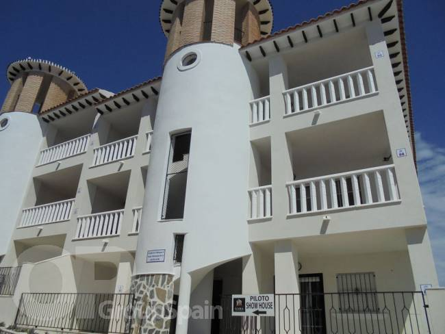 A South facing apartment by the beach