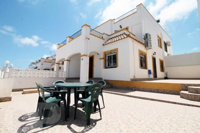Playa Flamenca - 3 bedroomed Cosy Townhouse