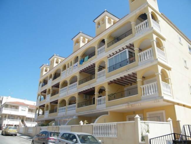 Penthouse Apartment in Algorfa