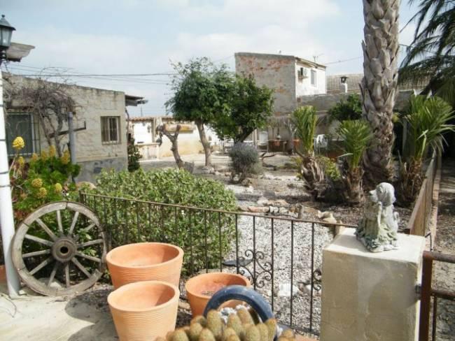 Detached Villa in Benejuzar