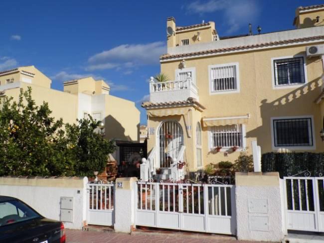 Semi-Detached Villa in Gran Alacant