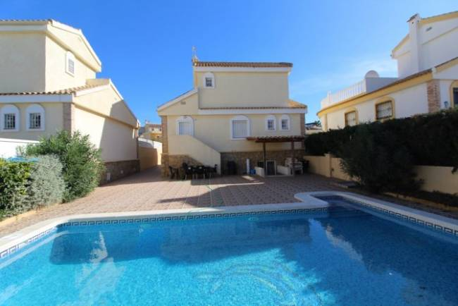 Detached Villa with Private Swimming Pool