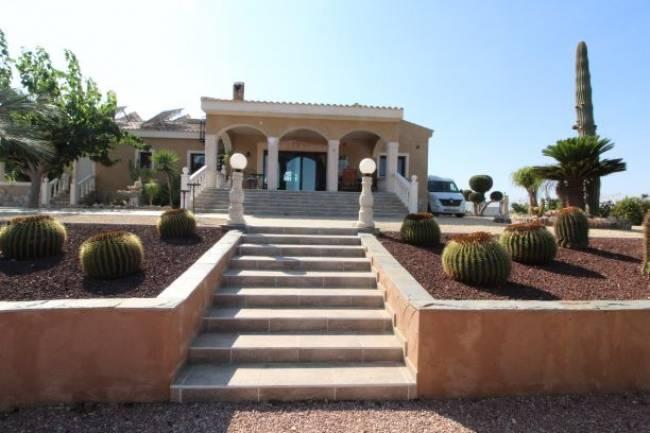 Stunning Finca Style Villa
