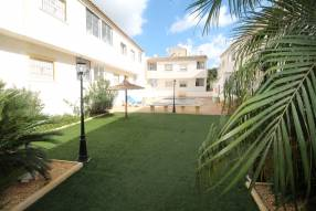 Lovely Two Bed Top Floor Apartment with Private Solarium and Terrace (2)