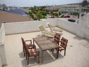 2 Bed First Floor Apartment with Solarium (4)