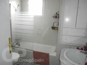4 Bedroom 2 Bathroom Detached Property  (11)