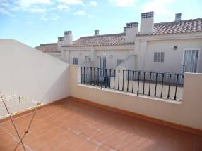 Nice 2 Bed 2 Bath Townhouse With Impressive Views (10)