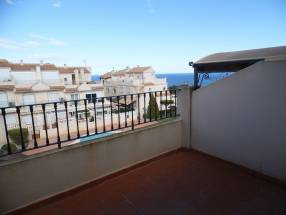 Nice 2 Bed 2 Bath Townhouse With Impressive Views (11)
