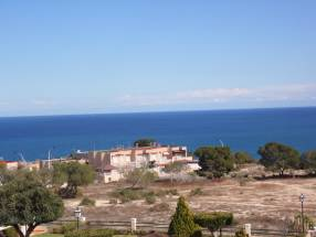 Nice 2 Bed 2 Bath Townhouse With Impressive Views (13)