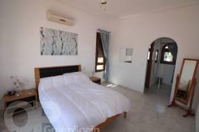 3 Bed Semi-Detached Villa (4)