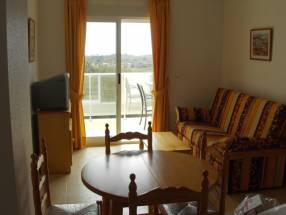 3 Bedroom 2 Bathroom apartment on 7th Floor (3)