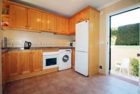 Detached 3 bedroom 2 bathroom villa  (9)