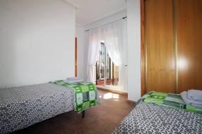 Detached 3 bedroom 2 bathroom villa  (16)
