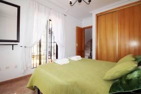 Detached 3 bedroom 2 bathroom villa  (19)