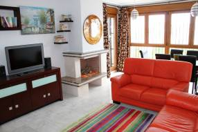 3 Bed Semi-Detached Villa (4)