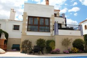 3 Bed Semi-Detached Villa (0)