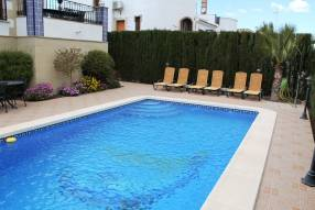 3 Bed Semi-Detached Villa (9)