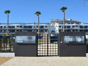 Luxury Beach Side Penthouse (0)
