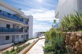 Luxury Beach Side Penthouse (7)