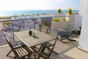 Luxury Beach Side Penthouse (11)