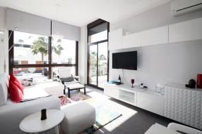Top floor 2 bed modern apartment (1)