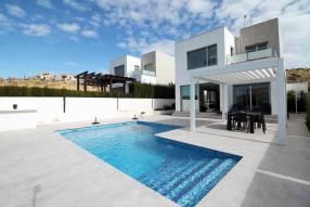 Ultra modern 3 bedroom villa (24)
