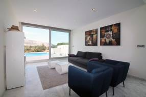 Ultra modern 3 bedroom villa (7)