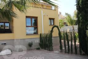 Coria Frontline Detached Villa (27)