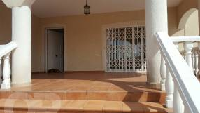A beautiful 3 bed 2 bath villa (1)