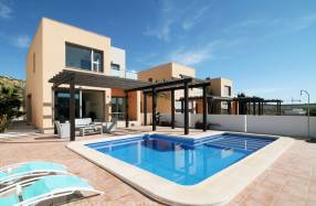 MAGNIFICENT MODERN DETACHED VILLA (0)