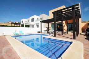 MAGNIFICENT MODERN DETACHED VILLA (27)