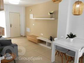 Two Bedroom One Bathroom Apartment (Top Floor) (4)